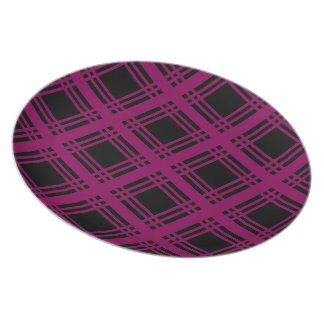 Gingham (Red-Violet) Plate