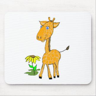 giraffe fun day mouse pad