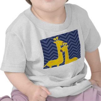 Giraffe on zigzag chevron - Blue Tshirts