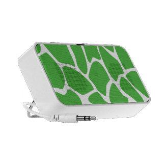Giraffe Print Pattern in Jungle Green Mini Speakers
