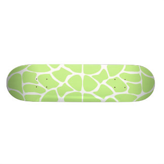 Giraffe Print Pattern in Light Lime Green. 18.1 Cm Old School Skateboard Deck