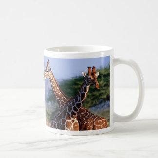 Giraffes crossed, mother + Child Basic White Mug