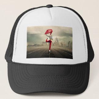 girl-2940655_1920 trucker hat