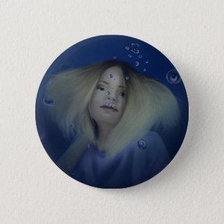 Girl underwater 6 cm round badge