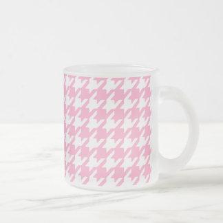 Girly Pink and White Houndstooth Pattern Mug