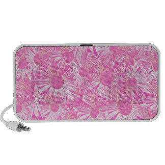 Girly pink daisies travelling speakers