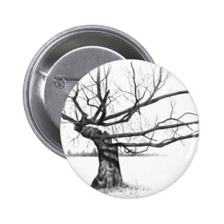 GNARLY OLD TREE: PENCIL REALISM ART 6 CM ROUND BADGE