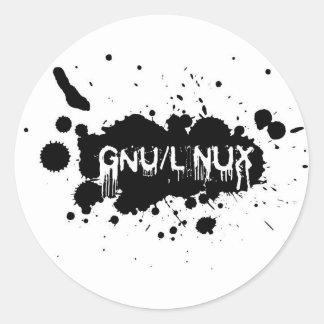 Gnu/Linux Slash Classic Round Sticker