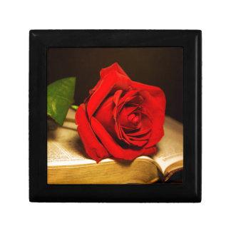 God's Design Small Square Gift Box