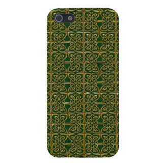 Gold And Green Connected Ovals Celtic Pattern Cases For iPhone 5