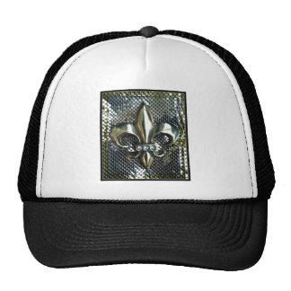 GOLD AND SILVER MESH FLEUR DE LIS PRINT HAT
