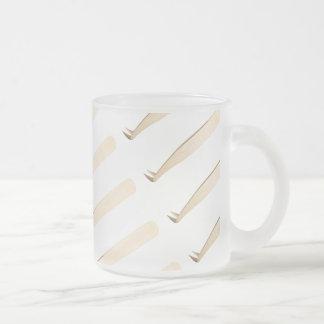 Gold Curved L Tweezer Mug
