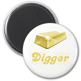Gold Digger 6 Cm Round Magnet