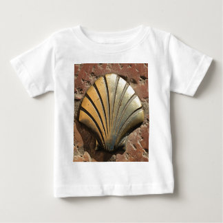 Gold El Camino shell sign, pavement, Leon, Spain Tees