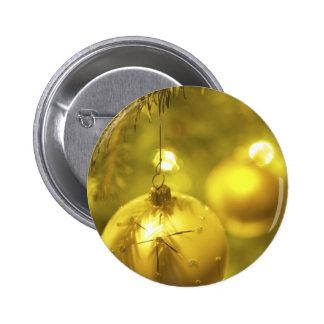 Gold Holiday Tree Decoration 6 Cm Round Badge