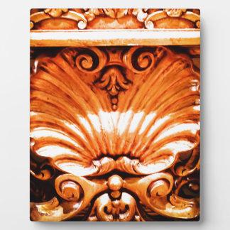 Gold_leaf_seashell_pattern.JPG Plaque