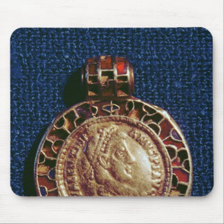 Gold pendant in the form of a coin mouse pad