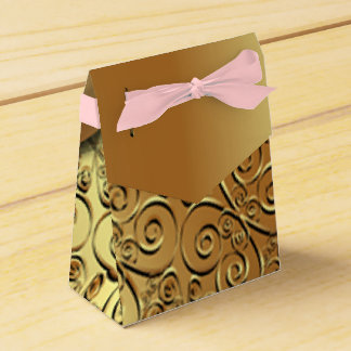 Gold plated texture and gold butterfly pattern pik favour box
