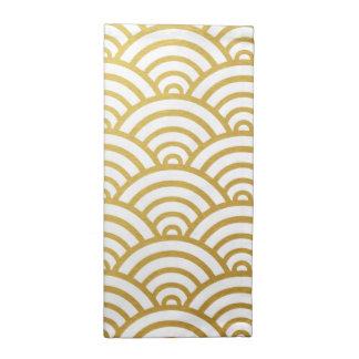 Gold & White Scallop Pattern Napkin