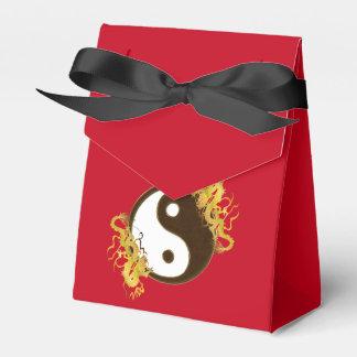 Golden Dragon Yin Yang Party Favour Boxes