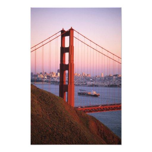 Golden Gate Bridge; San Francisco; California; Photo