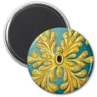 golden leaves cover magnet