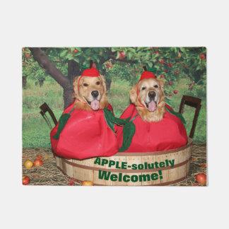 Golden Retriever Apples Apple-solutely Welcome Doormat
