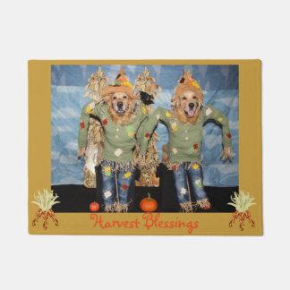Golden Retriever Scarecrow Harvest Blessings Doormat