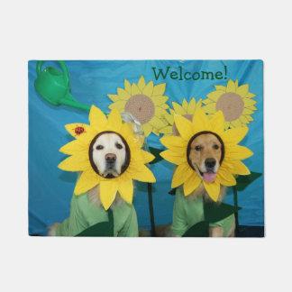 Golden Retriever Sunflower Welcome Doormat
