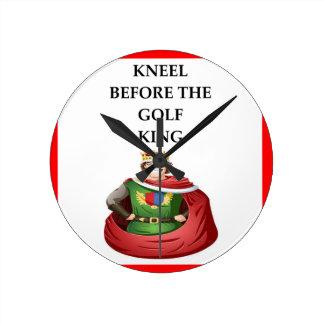 golfer round clock