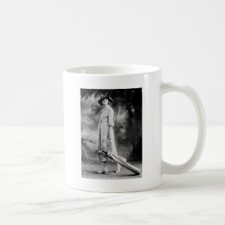 Golfing in Style, 1920s Mug