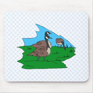 Gonda goose mouse pad