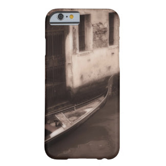 Gondola in Venice Italy Barely There iPhone 6 Case
