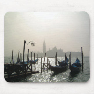 gondolas early morning mouse pad