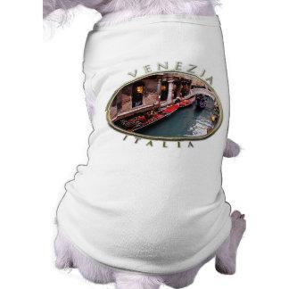 Gondolas on a Venetian canal Shirt