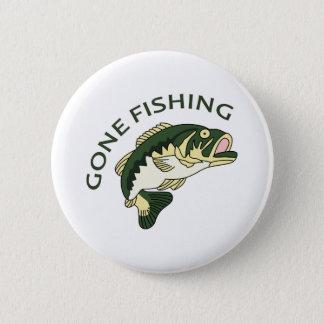 GONE FISHING 6 CM ROUND BADGE