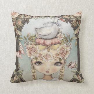 Goose Lizzy Cushion