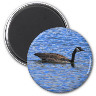 GOOSE ON THE LAKE MAGNET