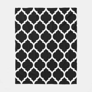 Gorgeous Black White Moroccan Quatrefoil Pattern Fleece Blanket