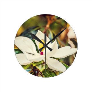Gorgeous Mississippi Magnolia Round Clock