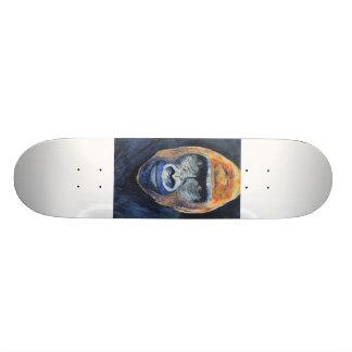 Gorilla skateboard