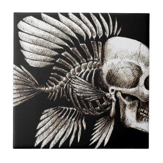 GOTHIC SKULL FISH SMALL SQUARE TILE