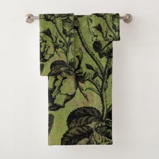 Gothic Skull Key Collage Bath Towel Set