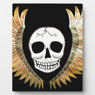 Gothic Skull & Wings Plaque