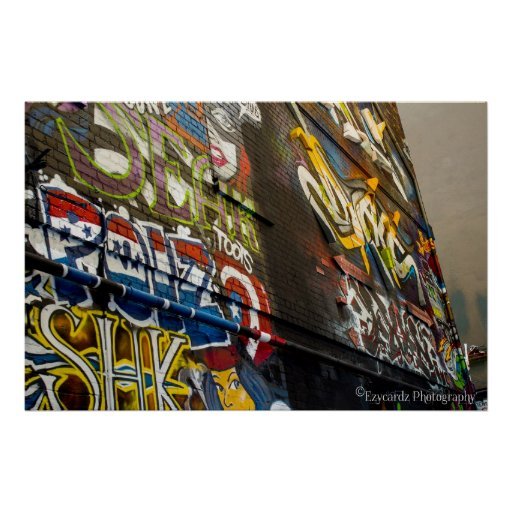 Graffiti in Laneway Print