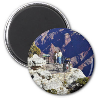 Grand Canyons Overlook Railings Pointing 6 Cm Round Magnet