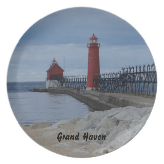 Grand Haven Lighthouse Party Plate