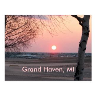 Grand Haven, MI Postcard