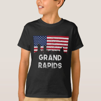 Grand Rapids MI American Flag Skyline Distressed T-Shirt
