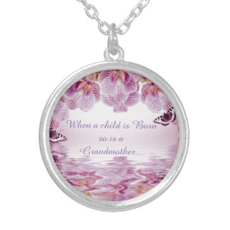 Grandmother Grandma Quote, Medium Round Necklace